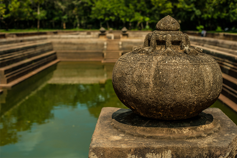 DAY 02 - NEGOMBO | ANURADHAPURA (APPROX.TRAVEL TIME 3.5 HRS)