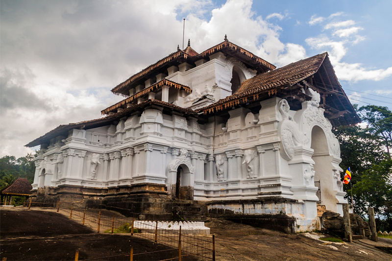 Day 04 - KANDY | BENTOTA (APPROX.TRAVEL TIME 4 HRS)